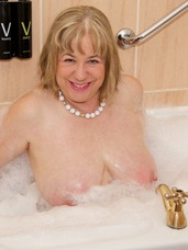 Bath time fun. Hi Guys Heres a set shot in the Bathroom of the