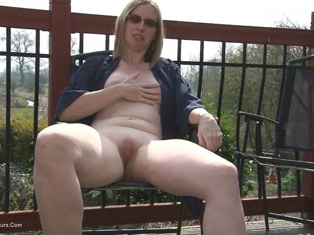 SammieSlut - Slut On The Patio