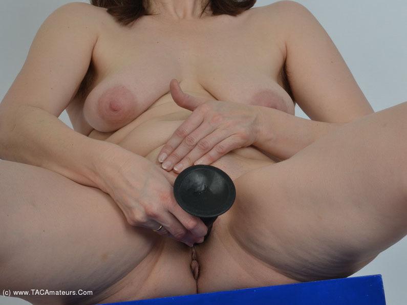 ride dildo sample nude photos