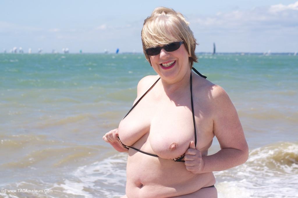 Micro Bikini Sites 74