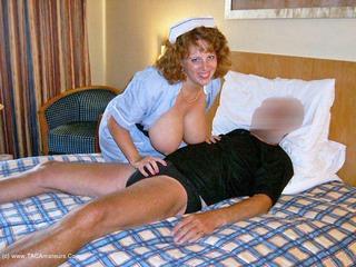 Curvy Claire - Nurse CC Pt1 Picture Gallery
