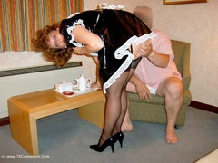 CurvyClaire - French Maid Pt1 Photo Album