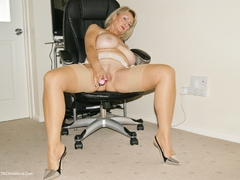 Sugarbabe - The Magic Wand Performs On My Cunt Gallery