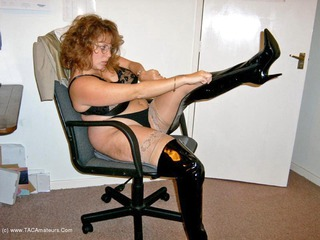 Curvy Claire - Office Gear  Thigh Boots Pt1 Picture Gallery