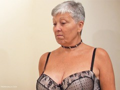 Savana - Mistress Savana Pt1 HD Video