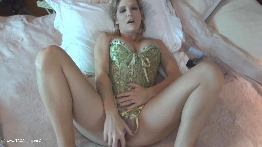 JoleneDevil - Pussy play for Austin scene 3