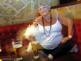 Grandma Libby - UK- Exhibitionists Party Picture Gallery