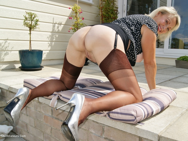 Sugarbabe - Getting Loud  Toying With Myself