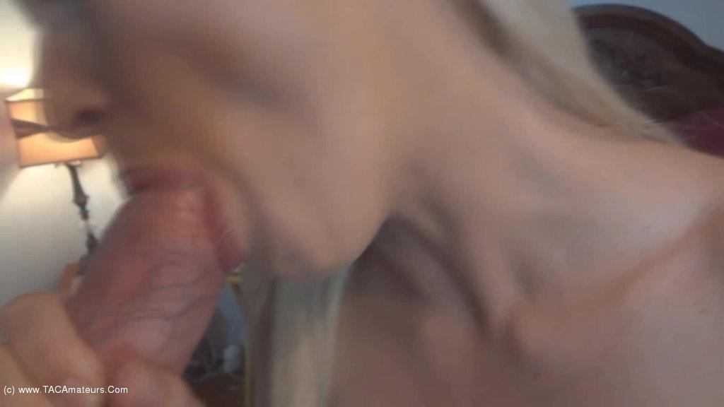 Licking amateurs lesbian