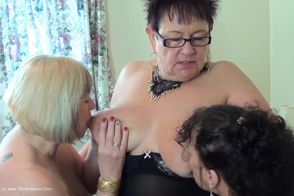 Warm Sweet Honey - Three Dirty Lesbians Pt2 video