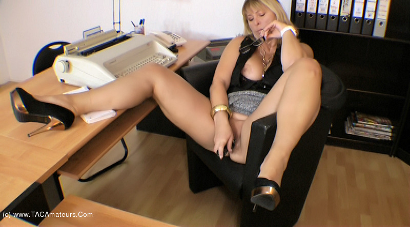 NudeChrissy - Chrissy In Her Office scene 0