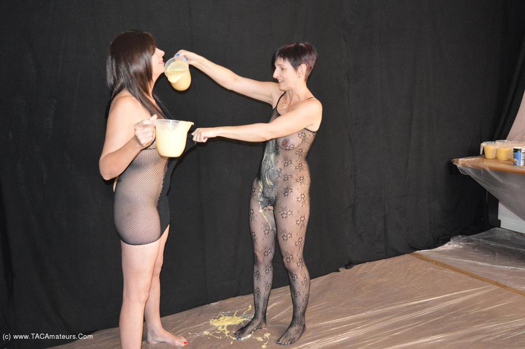 BarbySlut - Food Play scene 0