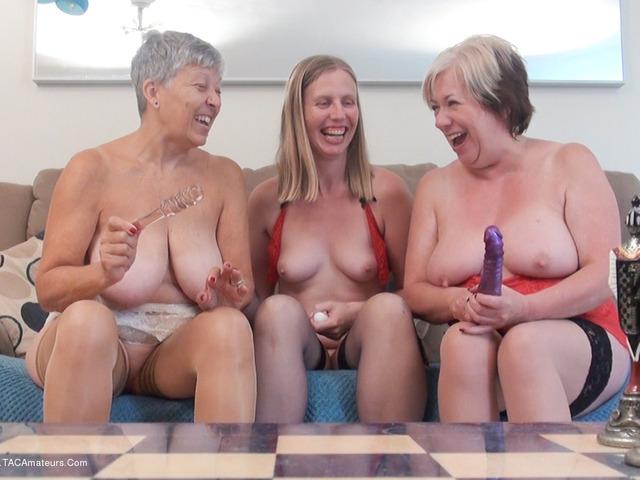 SammieSlut - Three Girl Fun Pt4