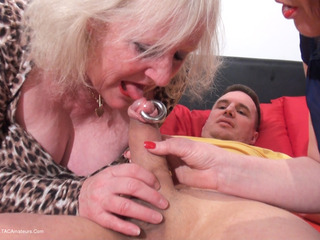 Claire Knight - Lord Of The Rings Pt1 HD Video