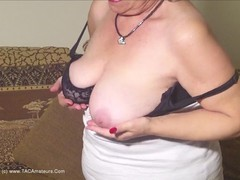 Caro - Big Jiggling Granny Tits Pt2 HD Video