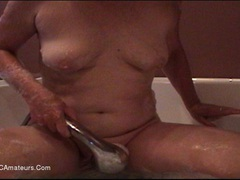 CougarBabeJolee - Horny In The Bath HD Video