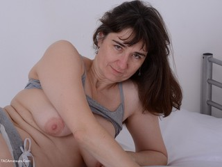 Hot Milf - Grey Panty Set Picture Gallery