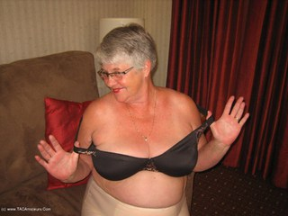 Girdle Goddess - A True Goddess Picture Gallery