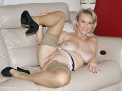 Sugarbabe - Cum On Shoot Your Cum For Me Gallery