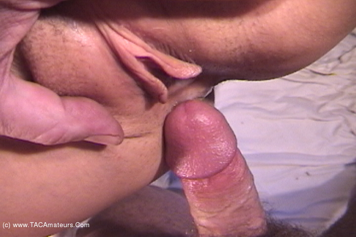 AwesomeAshley - Massage Dom Pt1 scene 1