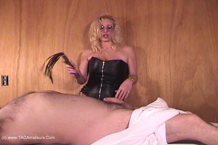 AwesomeAshley - Massage Dom Pt1 scene 3