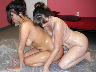 Lavender Rayne - Lesbian Oil Wrestling Picture Gallery