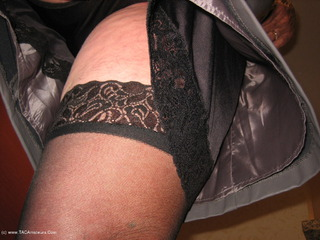 GirdleGoddess - Leather Skirt