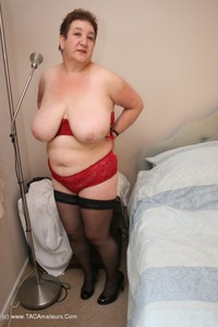 kinkycarol - On The Bed Free Pic 3