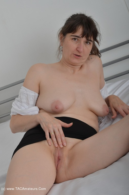Are Free pics of bare pussies Such casual