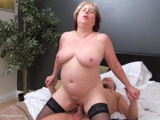 SpeedyBee - The Maid Pt3 HD Video