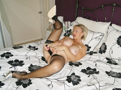 Sugarbabe - A Big Double Ended Dildo Fills Those Holes Gallery