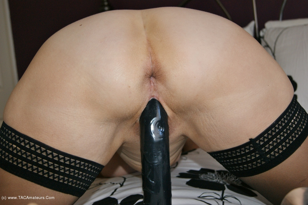Sugarbabe - Make Me Cum On That Double Ended Dildo scene 2