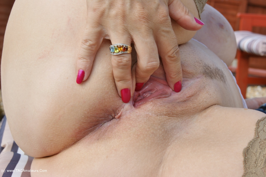 Sugarbabe - Dirty Outdoor Sex scene 1
