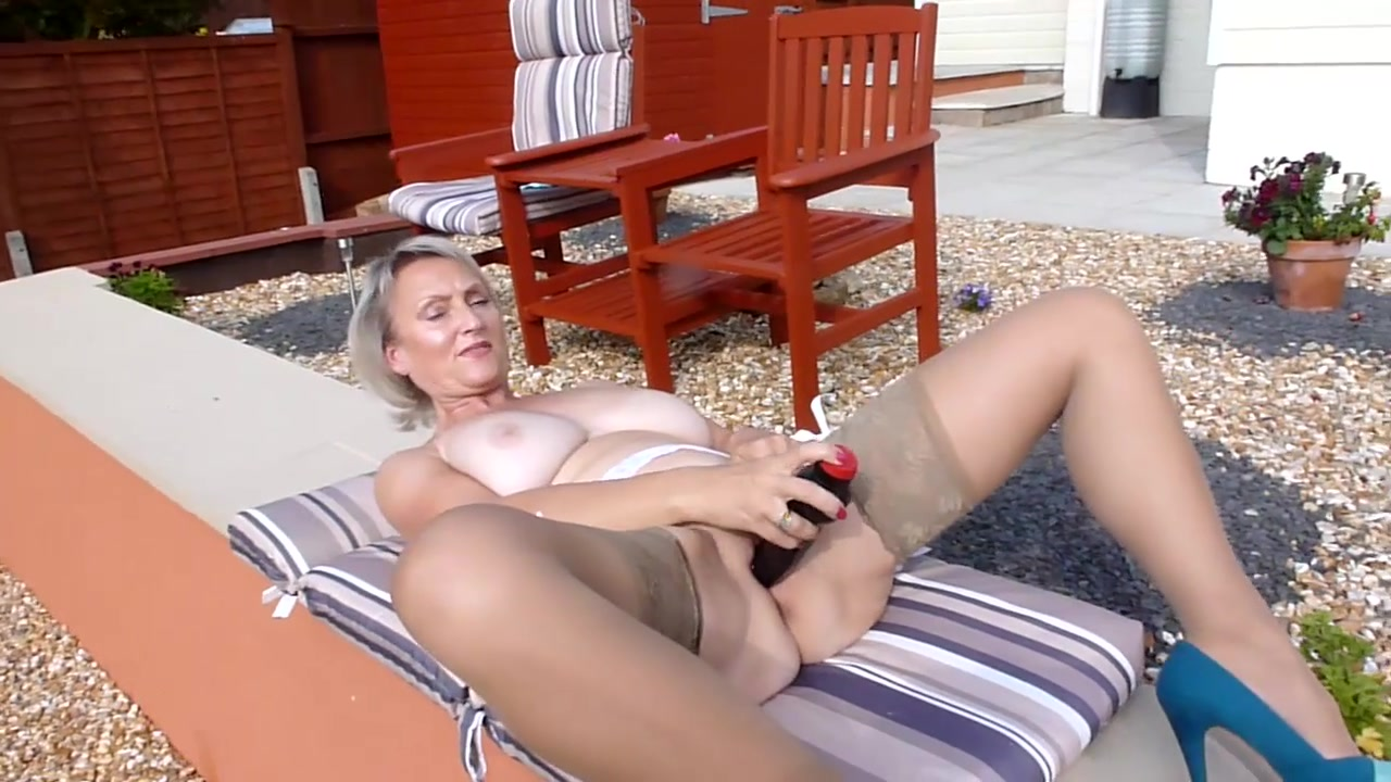 Dirty Outdoor Sex