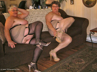 Girdle Goddess - Bad Sexy Grandmas Picture Gallery
