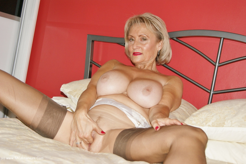Sugarbabe - Look Where All That Spunk Goes scene 2