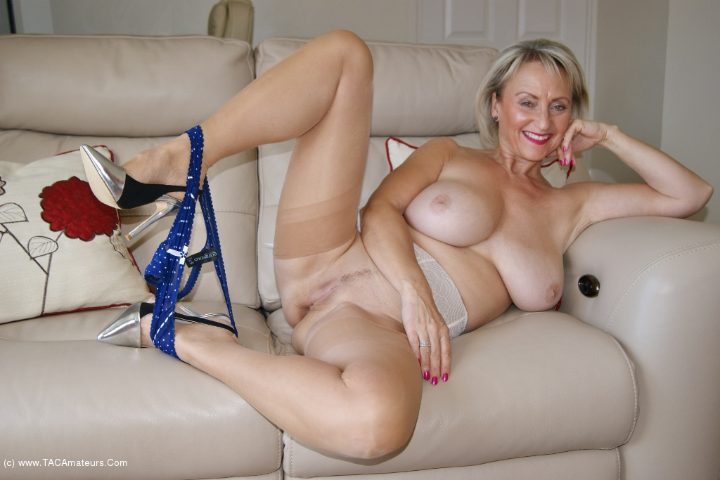 Sugarbabe - A Nice Young Stud Who Needs A MILF scene 0