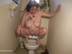 MaryBitch - Deep Throat In The Toilet Pt2 HD Video