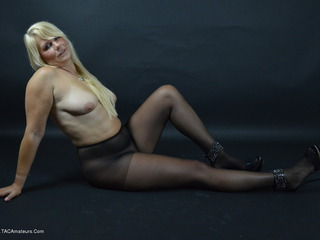 SweetSusi - Black Nylons & High Heels