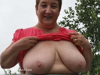 KinkyCarol - Tits Out In The Park Pt1