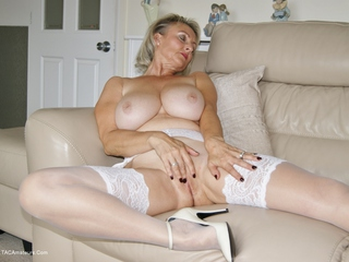 Sugarbabe - Waiting For My Lover To Cum