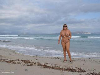 Nude Chrissy - Nudist Holiday In Mallorca HD Video