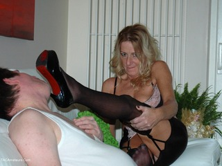 Kyra and her foot slave