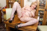 speedybee - Ripped Fishnets Free Pic 2