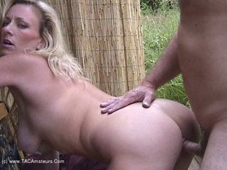 Awesome Ashley - Bench Fuck Pt2 Video