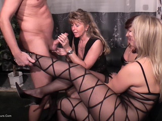 SweetSusi - Jizzed On Nylons