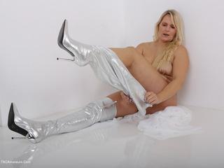 The white seduction