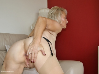 Sugarbabe - Preparing My Arse To Get Fucked Picture Gallery