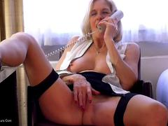 MollyMILF - Molly's Naughty Phone Call HD Video