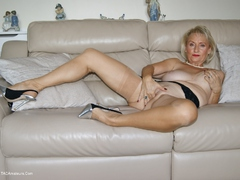Sugarbabe - Fucking & Messy Creampie HD Video